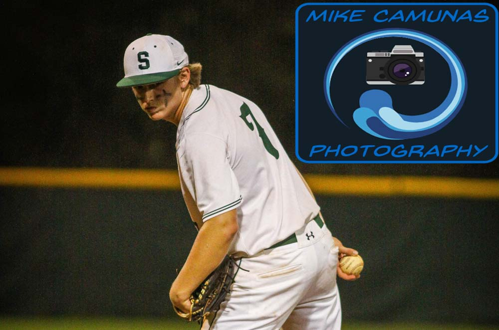 Sickles hangs early eight spot, holds off Durant for first win