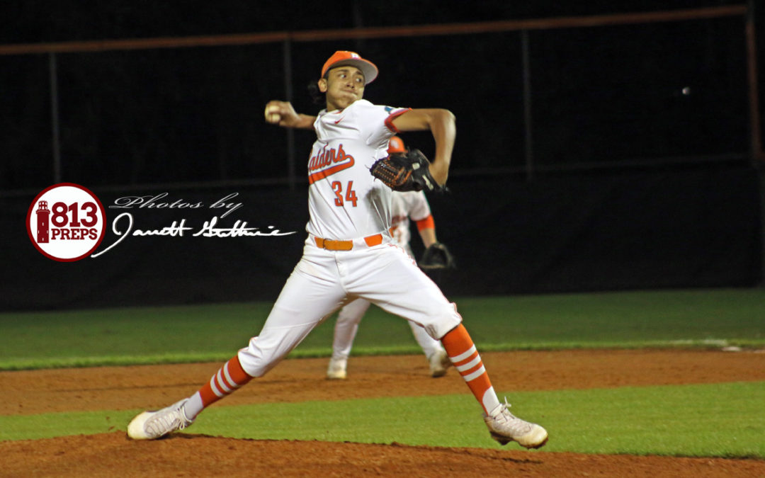 Longoria debuts with 11K shutout victory for Raiders
